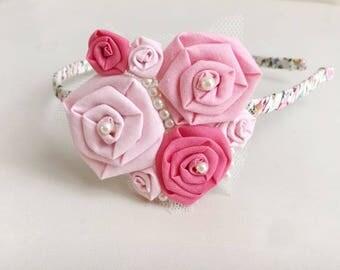 Flowers hairband/pink roses/ flower girls/ wedding/ rosettes hairband/ handmade/ baby girls/ hair accessories/ ceremony/ bridesmaid
