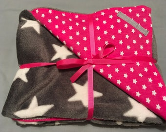 Pink and grey stars baby blanket