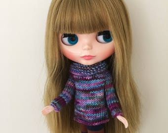Sweater to fit Blythe Neo Dolls. Handmade, knitted with handyed merino yarn