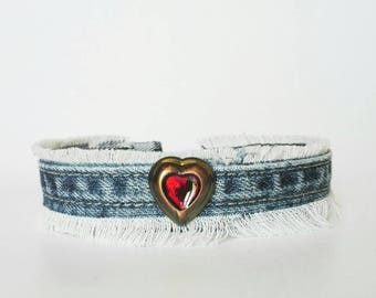 Choker necklace red, necklace with fringes, customized jean necklace, recycled jeans necklace, original Choker necklace, Heart Necklace