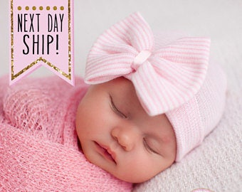 Hospital Newborn hat Newborn baby girl beanie with bow pink Newborn Hat newborn Coming home hat Baby Girl Hospital Hat Newborn Girl Hat