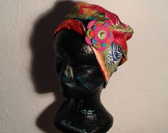 Multicolor reversible child chemo hat for winter