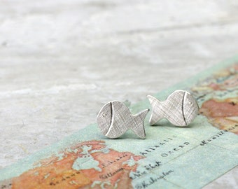 925 Silver Stud Earrings Small fish, maritime earrings for beach, sea and travel