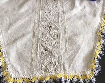 Vintage White Linen Runner with Blue and Yellow Lace Trim