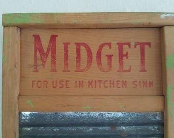 Midget Rusty Metal Washboard for Use in Kitchen Sink Vintage/Primitive
