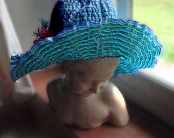 Hat frill flower power