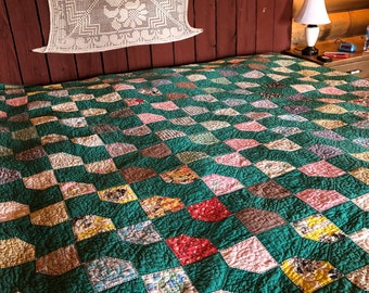 no. 5004 bow tie quilt in greens