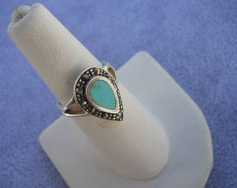Turquoise Southwestern Ladies Ring with marcasite Size 7  Vintage