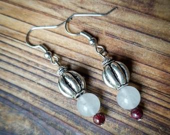White quartz and garnet gemstone beaded dangle earrings