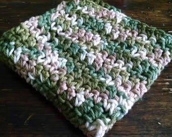 Handmade crotchet dish cloth washcloth.   homestead farmhouse kitchen bath