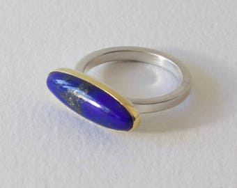 Sterling Silver Lapis Ring with 22K gold bezel, Size 6.5, Natural Oval Lapis Lazuli Cabochon Ring, Elegant, Silver and Gold, Classic