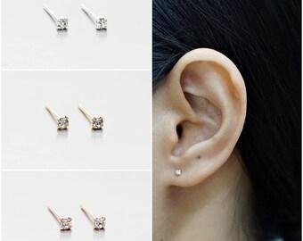 925 Sterling Silver Earrings, Tiny Crystal Earrings, Gold Plated, Rose Gold Plated Earrings,Stud Earrings, Size 2 mm (Code : EF5A)