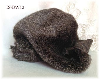 Italian SYNTHETIC realistic fur plush fabric IS-BV0W13 Black with white hairs soft dense pile 10 mm teddy bear making supplies