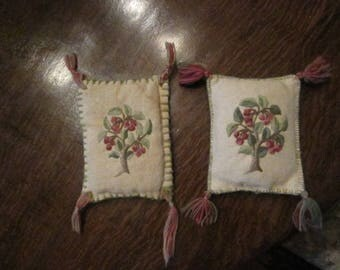 Vintage Elsa Williams Crewel Embroidery Pin Cushion's  Set Of Two