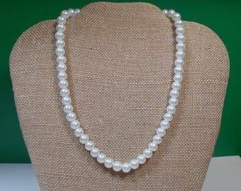 "ON SALE 16"" Vintage Imitation Pearl Necklace"