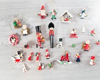 25 Vintage Wood Christmas Tree Ornaments / Wooden Holiday Decor / Drummer Boy, Angel, Bells, Stars, Reindeer, Santa, Snowmen, Noel