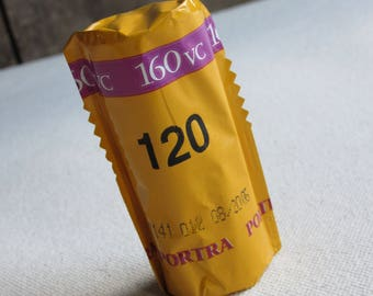 Expired 120 Kodak Portra 160 VC Color Negative Film, 1 Roll, Medium Format Cameras, Photography, SLR, Analogue, Exp. 08/2006