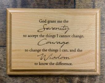 Serenity Prayer Wooden Plaque - Serenity Prayer Engraved 7 x 5 Alder Wall Plaque - Recovery Plaque - 12 Step Prayer - Alcoholics Anonymous
