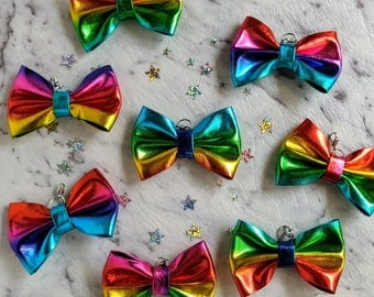 Metallic Rainbow TN Planner Bow Charm. Traveller's Notebook Bling. Small Lobster Clasp to attach to Notebook Elastic, your Handbag or Purse.