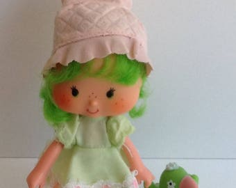 LIME CHIFFON w/ Parfait Parrot Vintage Strawberry Shortcake Doll