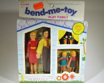Vintage Dollhouse Family NOS / Bend-Me-Toy Play Family / Miniature Dolls / Vintage Dollhouse Accessories / Made in Hong Kong