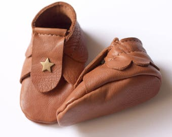 Leather baby shoes camel tanned size newborn 0 - 1 month