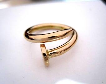 18kt Gold nail Ring