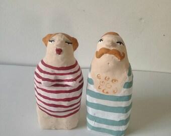 Bathroom pair, bathing, small figurines