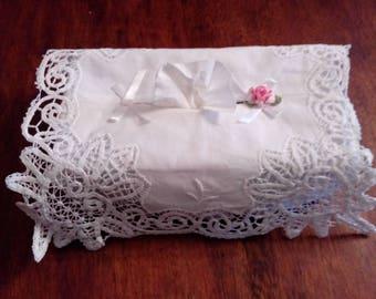 cover box has tissue