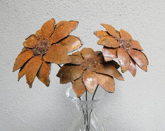 Bouquet of Three Rusted Gerber Daisies -- Metal Art, Metal Sculpture, Metal Flowers