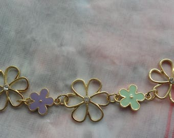 Sale on Pretty flowered Necklace for special someone