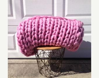 ON SALE Ready to Ship! Chunky Knit Merino Blanket, 60x70 Chunky Wool, Chunky Blanket, Giant Knit, Extreme Knit, Arm Knit, Bulky Knit Blanket