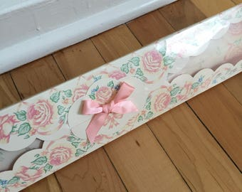 Vintage 1980s Floral Rose Scented Drawer Liners!