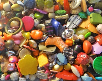 GRAB BAG- New  Assorted mix of Jewelry Making  Beads, Acrylic, 1/4 pound- All quality items
