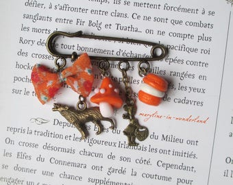 """brooch pin bronze and orange """"the little Red Riding Hood"""""""