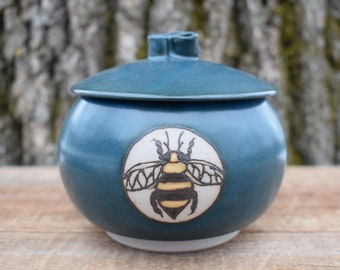 Lidded Pottery Jar, Covered Jar, Sugar Jar, Stoneware Pottery Jar, Bee Ceramics, Teal Spice Jar, Gift for Bee Lover, Insect Art, Salt Pig