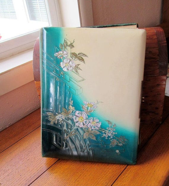 Antique Victorian Photo Album Floral Artwork Interior Gold Leaf Page Edging Celluloid Cover Wedding Book