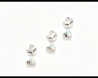 25Pcs Cat Silver Charms / Pendant Jewellery Making / Cat Necklace Charm / Cat Silver Charms / Bulk Buy / 8mm x 17mm / Charm Supplies /C6153