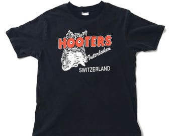 Vintage Hooters Interlake Switzerland T-shirt M