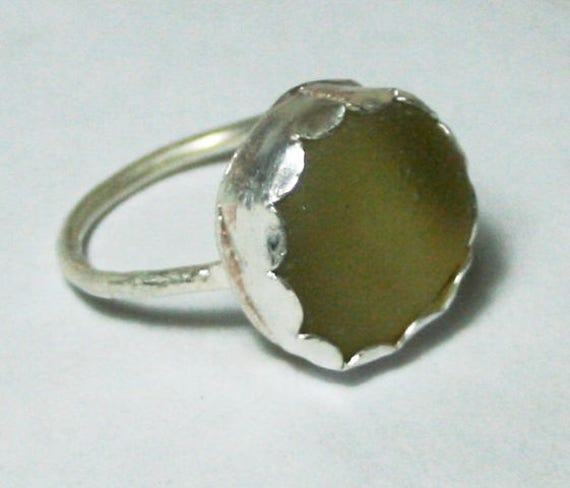 YELLOW SEAGLASS RING - Set in Sterling silver - size L