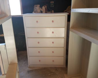 Special buy- 5 drawer chest