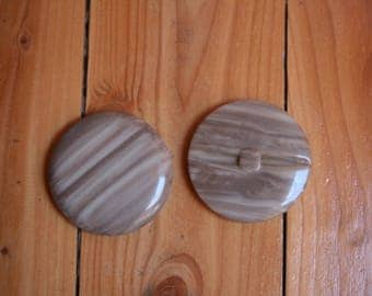 Large gray round button with 6 cm