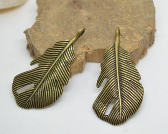 set of 2 charms pendant leaf bronze 4.5 x 2.0 cm