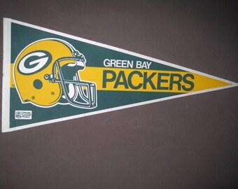 Vintage Green Bay Packers NFL Football Pennant