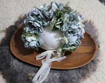 dusty blue/ green floral bonnet