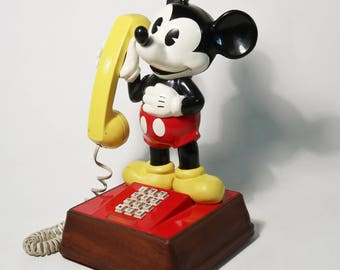 Vintage 1976 Mickey Mouse Push Button Touch Tone Telephone Disney