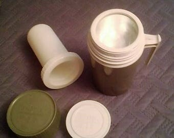 Vintage Green Pint Size Thermos Brand Hot/Cold Keeper