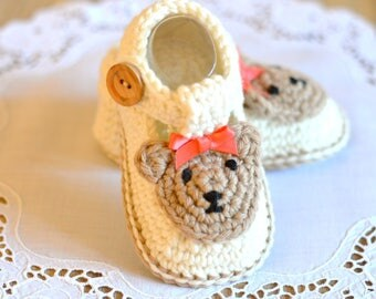 CROCHET PATTERN Baby Booties for girls and boys bear booties 4 Sizes 0-3, 3-6, 6-9, 9-12 months Easy Baby Shoes Pattern Instant Download