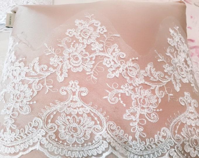 "Precious Lace ""Marie Antoinette"""