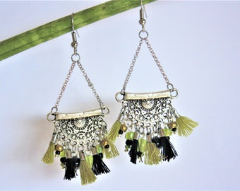 "Ethnic earrings ""half-moon"" black & khaki"